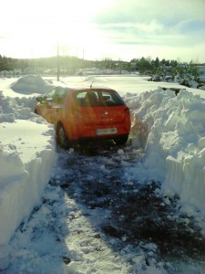 coche atascado nieve Palencia febrero 2015