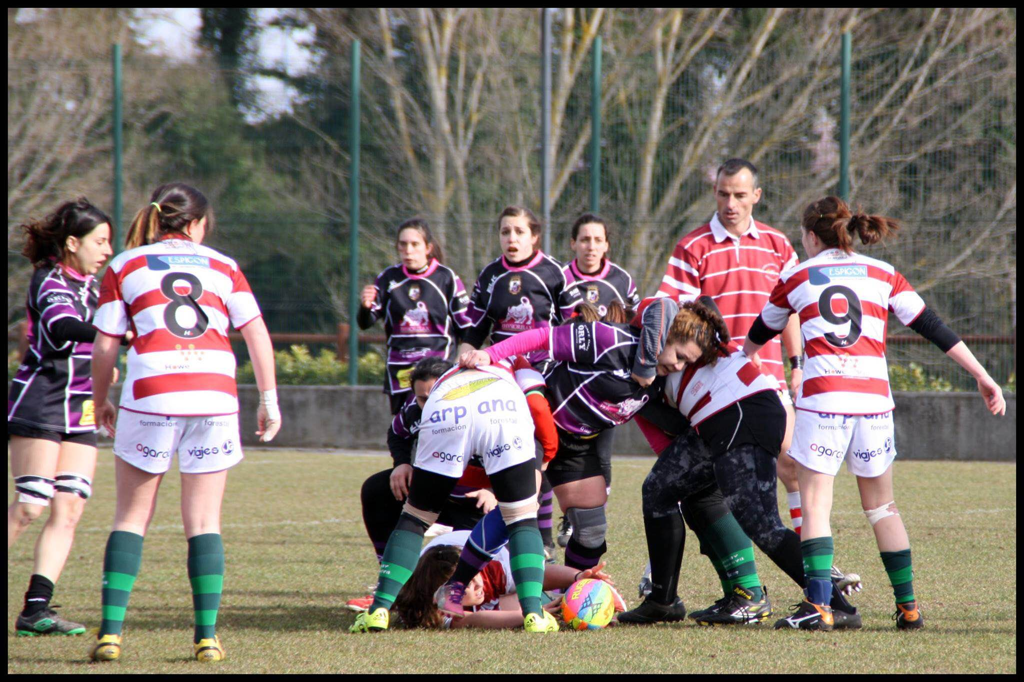 rugby-femenino-palencia-rugby-club-peleando-por-el-balon